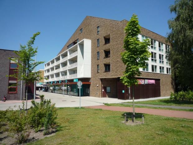 Supermarkt en appartementen Overwinningsplein Groningen